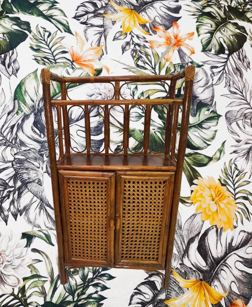 Location buffet bambou vintage